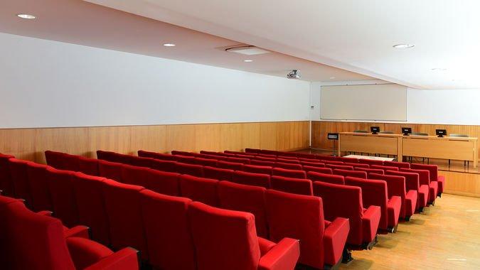 Auditório Pequeno 1 (80 lugares) - ISCSP-ULisboa