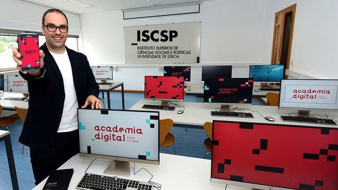 A Academia Digital do ISCSP-ULisboa foi apresentada publicamente a 29 de maio deste ano.