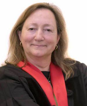 Teresa Pizarro Beleza (FDUNL-Nova)