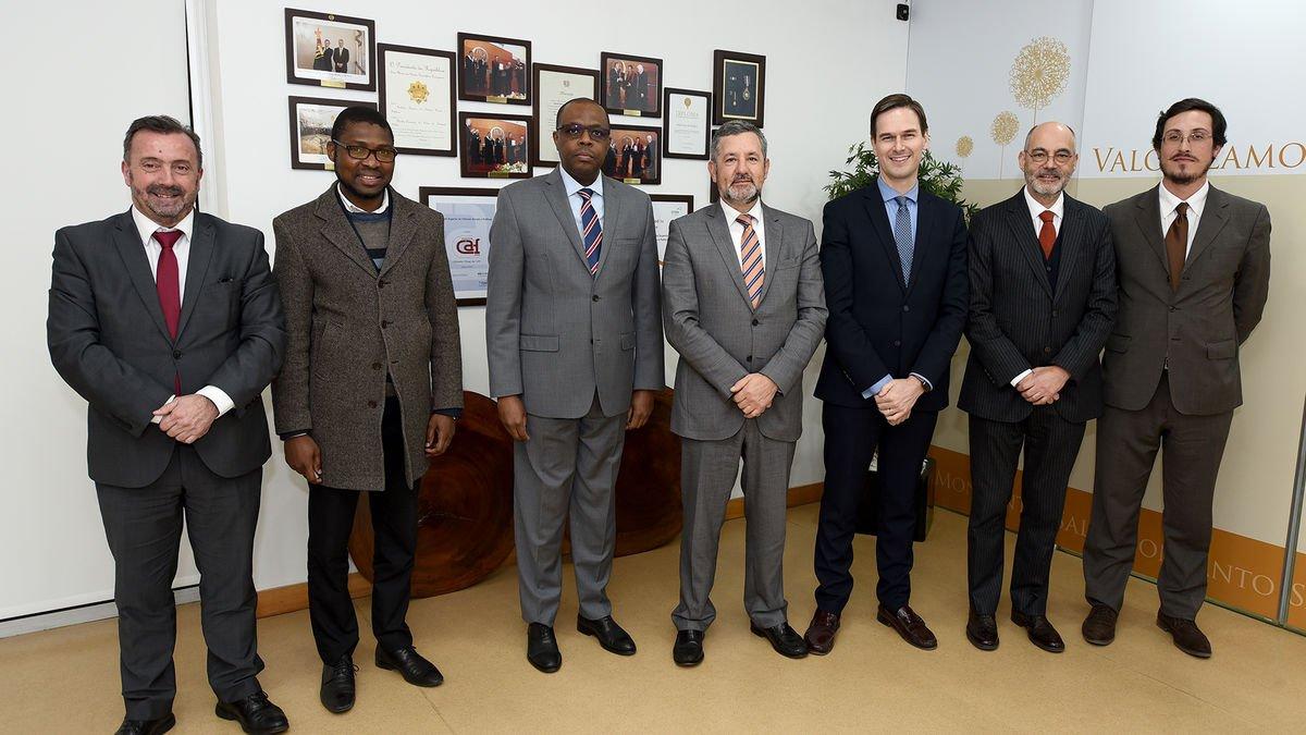 Embaixador de Moçambique em Portugal visita ISCSP-ULisboa