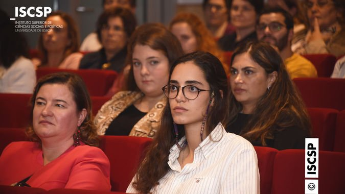 Conferência com Maria de Belém Roseira marca início da pós-graduação em Administração e Gestão da Saúde