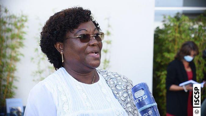 """Edições ISCSP editam livro """"São Tomé e Príncipe como Gatewa"""